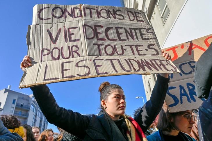 manifestation contre la précarité étudiante